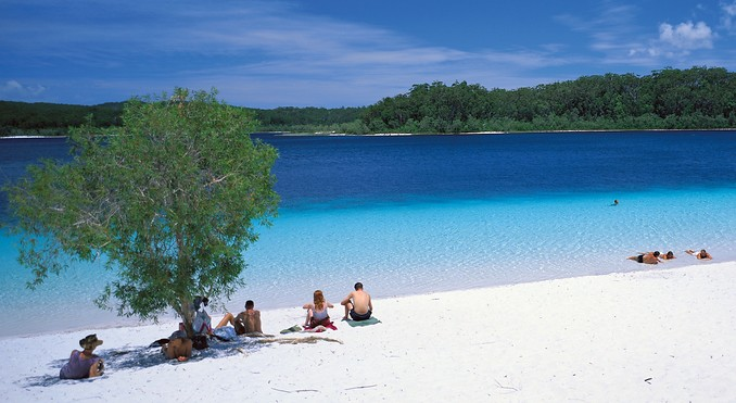 lake mckenzie